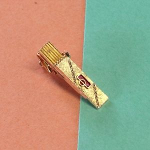 Vintage Gold tie bar
